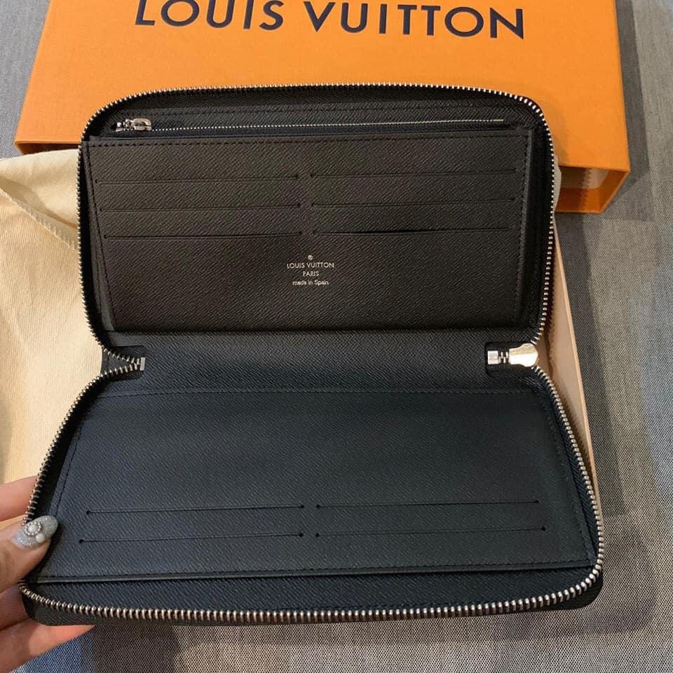 VI Louis Vuitton nam