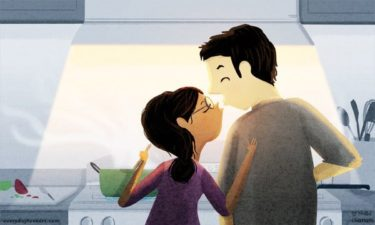 Chồng yêu vợ luôn muốn vào bếp cùng vợ